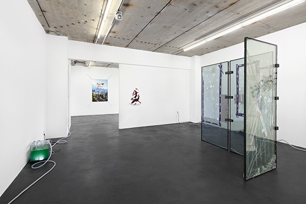 3_DK_exhibition_view_3