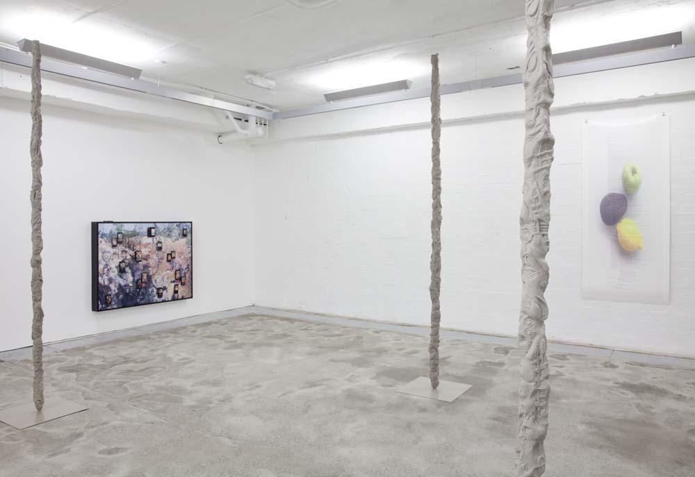Anne_de_Vries_Trails_Rising_Installation_view
