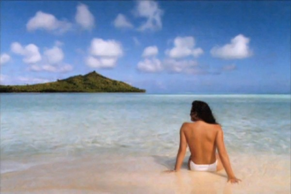Dullaart-Jennifer-in-Paradise-1