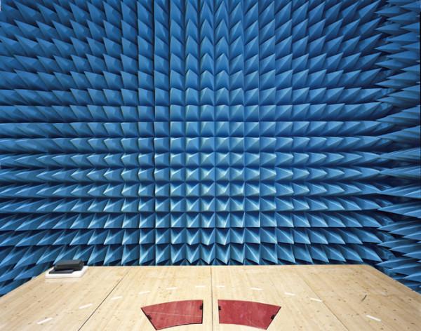 Maxwell-Room-anechoic-Chamber-2