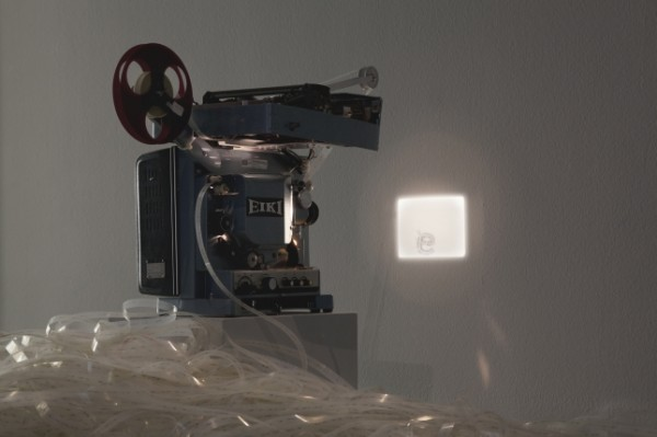 Rosa-Barba-Space-Length Thought, 2012-16mm film, projector, typewriter-2000px